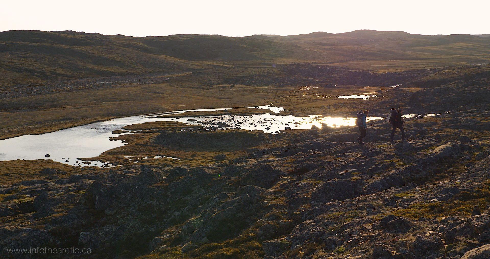 IntoTheArctic2015,208,Painting Behind Iqaluit 05
